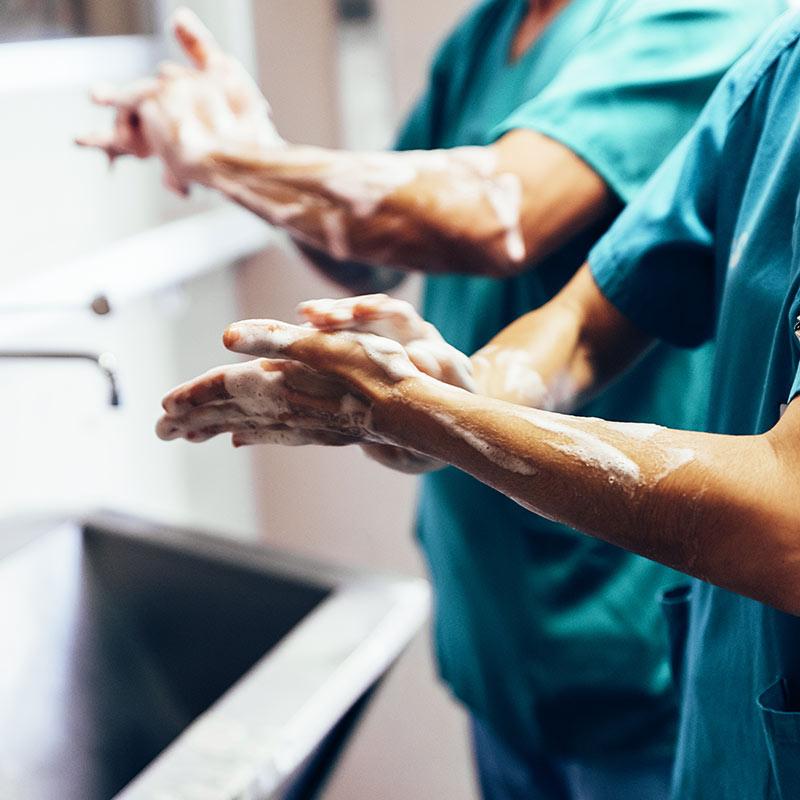Operative Behandlung durch Dr. Altenhuber-Enickl
